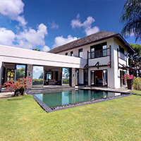 Waterfront villa on the golf - 4 bedrooms